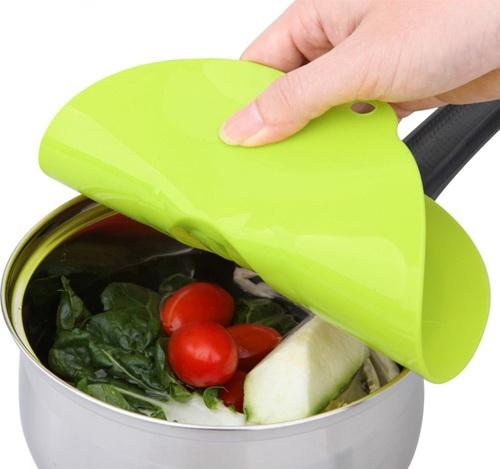 Силиконовая крышка для салатника